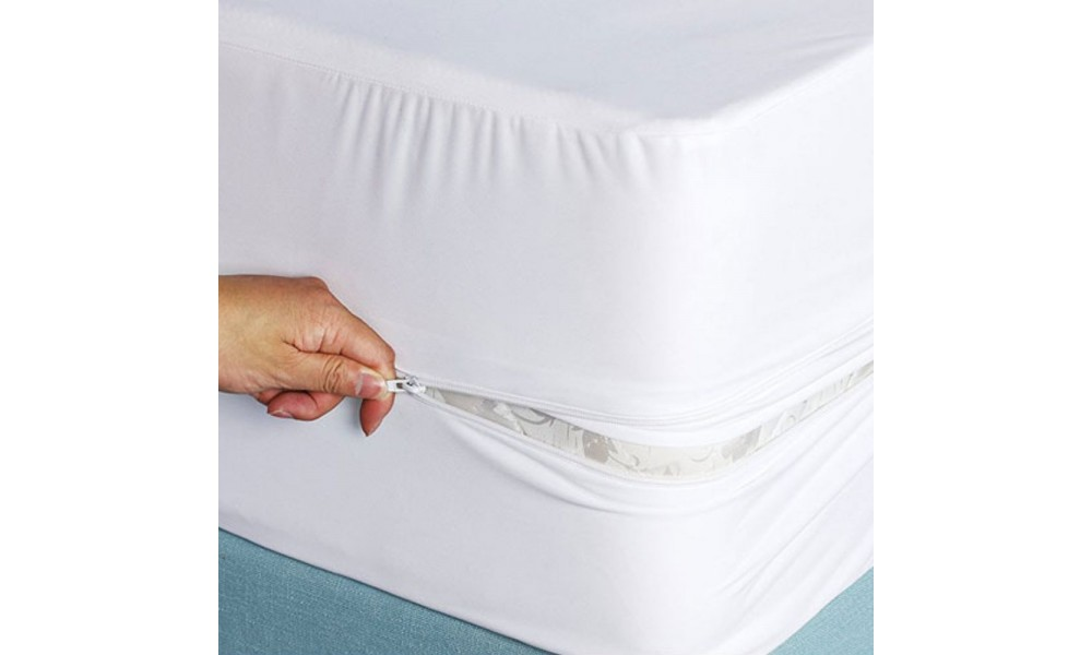 Bed Bug Mattress Protector Installed