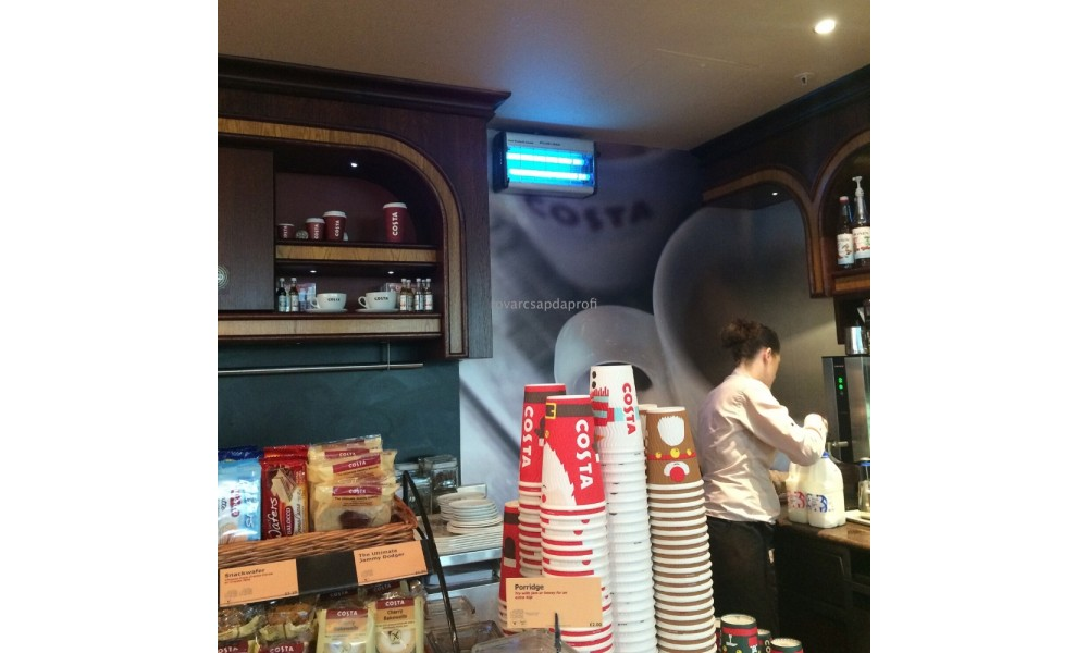 Plus Zap Wall Mounted in Cafe